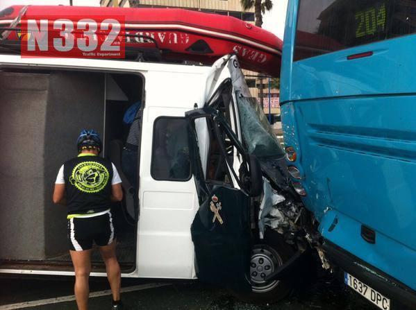 Guardia Civil Divers Injured in Vehicle Crash 2